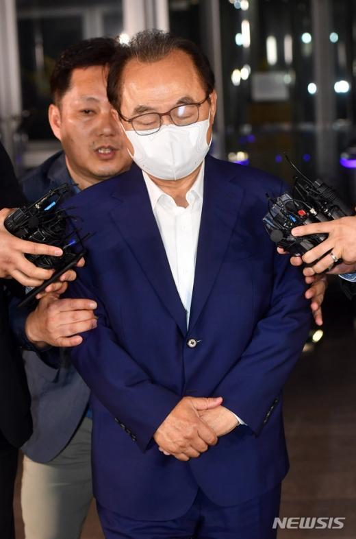 [속보] 오거돈, 변호사 5∼6명 대동 영장 실질 출석 | 인스티즈