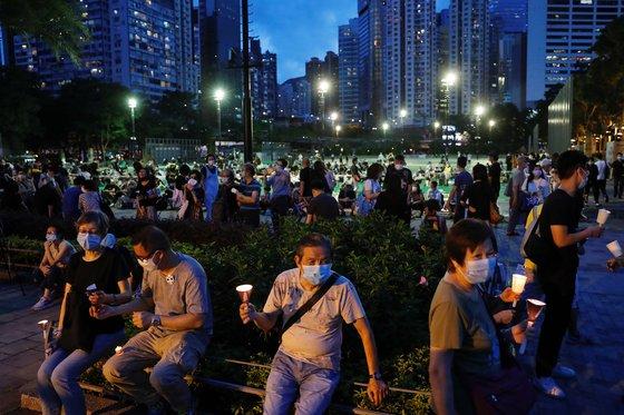 경찰 불허에도 홍콩서 '천안문 사태' 추모집회 열려..참가인원은 대폭 줄어[가가 토토|달인 토토]