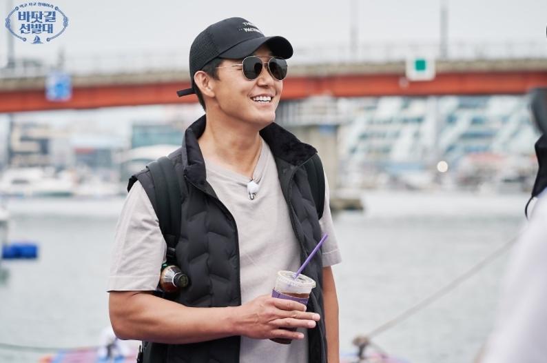 '공황장애 고백' 박성웅, 응원케 하는 이유 (바닷길 선발대) [TV와치][뱅키즈 토토|클릭?? 토토]