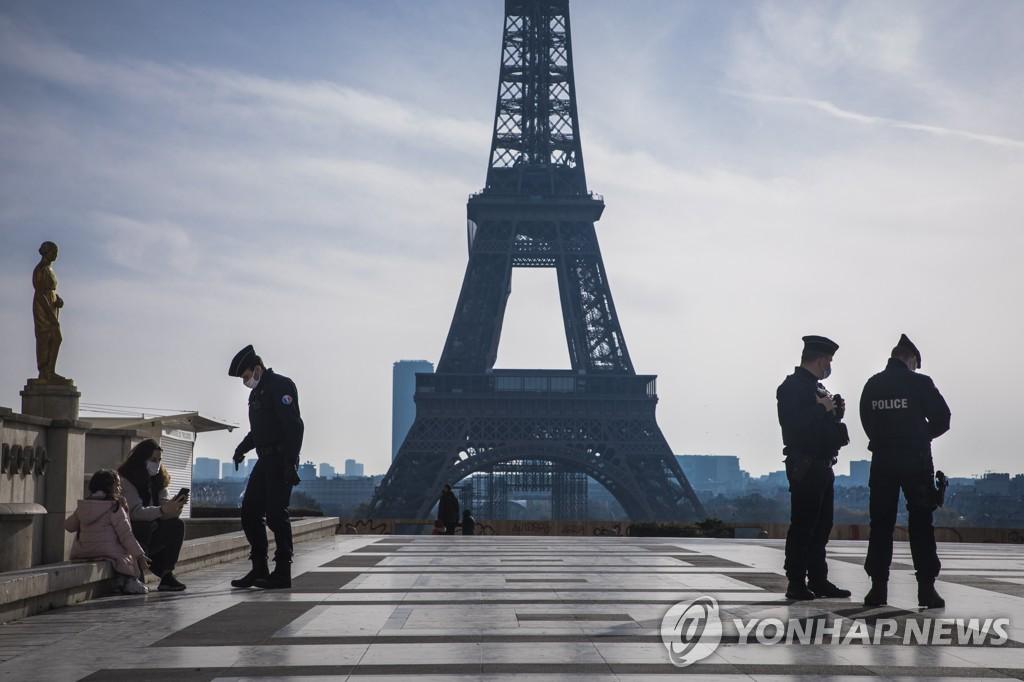 프랑스, 코로나19 확진자 175만명으로 '껑충'..통계 수치 조정(종합)[바카라중계 락 토토]