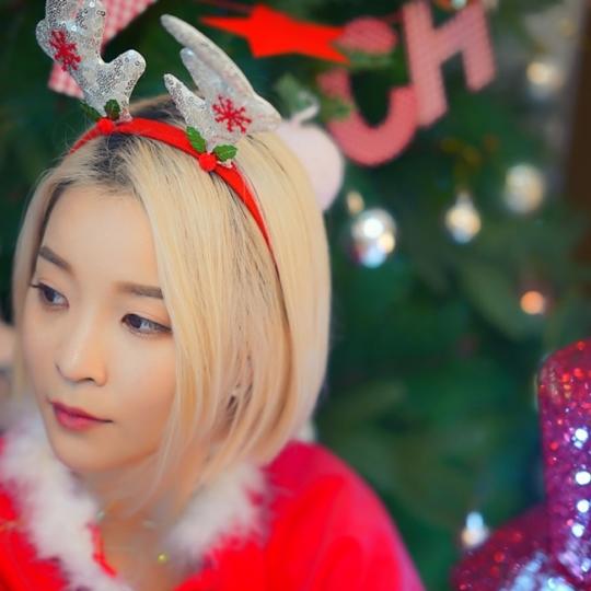 27일(금), 런치 싱글 앨범 'Mr.Santa' 발매 | 인스티즈