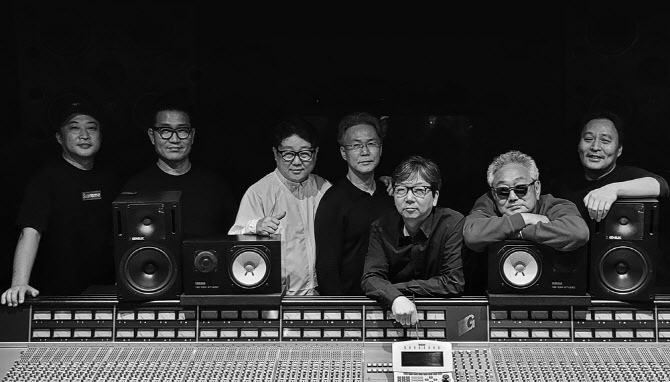 28일(수), 청담동 8비트+배기성 콜라보레이션 싱글 앨범 1집 '돌겠어' 발매 | 인스티즈
