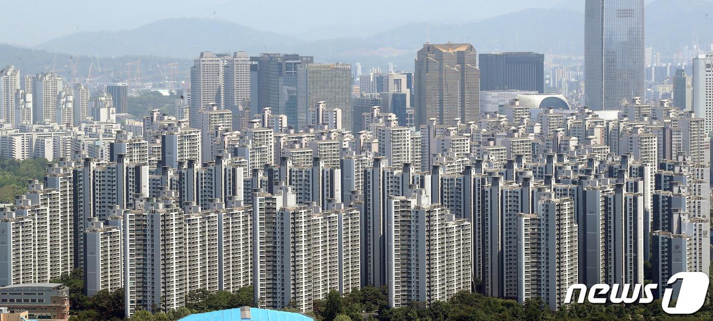 1서울 강남3구 아파트 단지 모습. 2021.5.19/뉴스1 © News1 임세영 기자