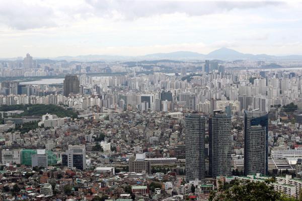 남산에서 바라본 서울 아파트 전경 [매경DB]