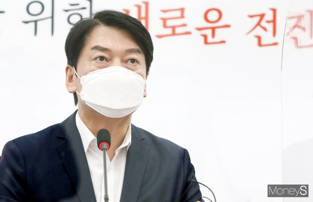 [단독] 내돈내산? 남돈내산!…강민경·한혜연, 유튜브 장사의