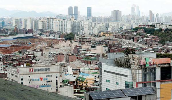 정비사업 추진이 활발한 경기도 광명역사거리 일대 전경. [매경DB]