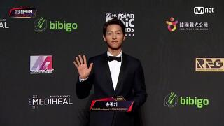 Red Carpet with Song Joong Ki(송중기)│2018 MAMA in HONG KONG