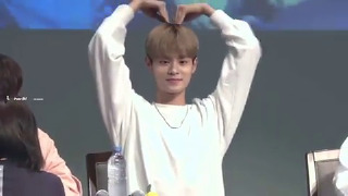워너원 이대휘 Wanna One Leedaehwi