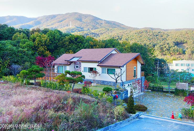 광교 산자락을 닮은 신봉동 근교 주택 대표사진