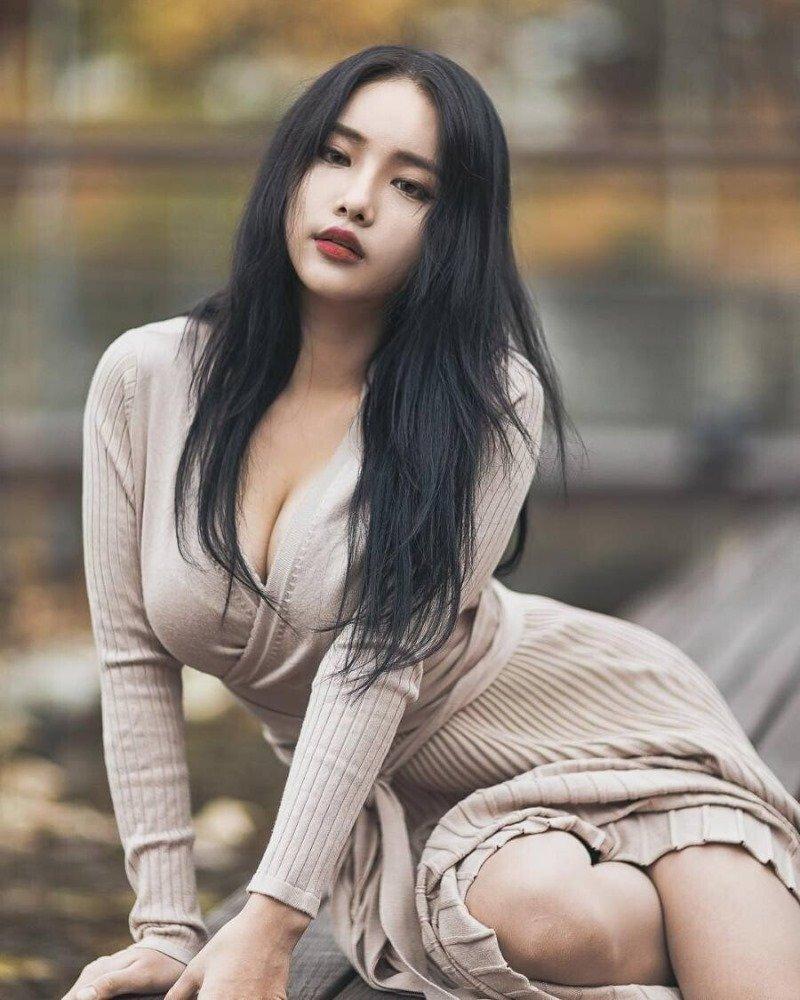 피팅모델 김지성