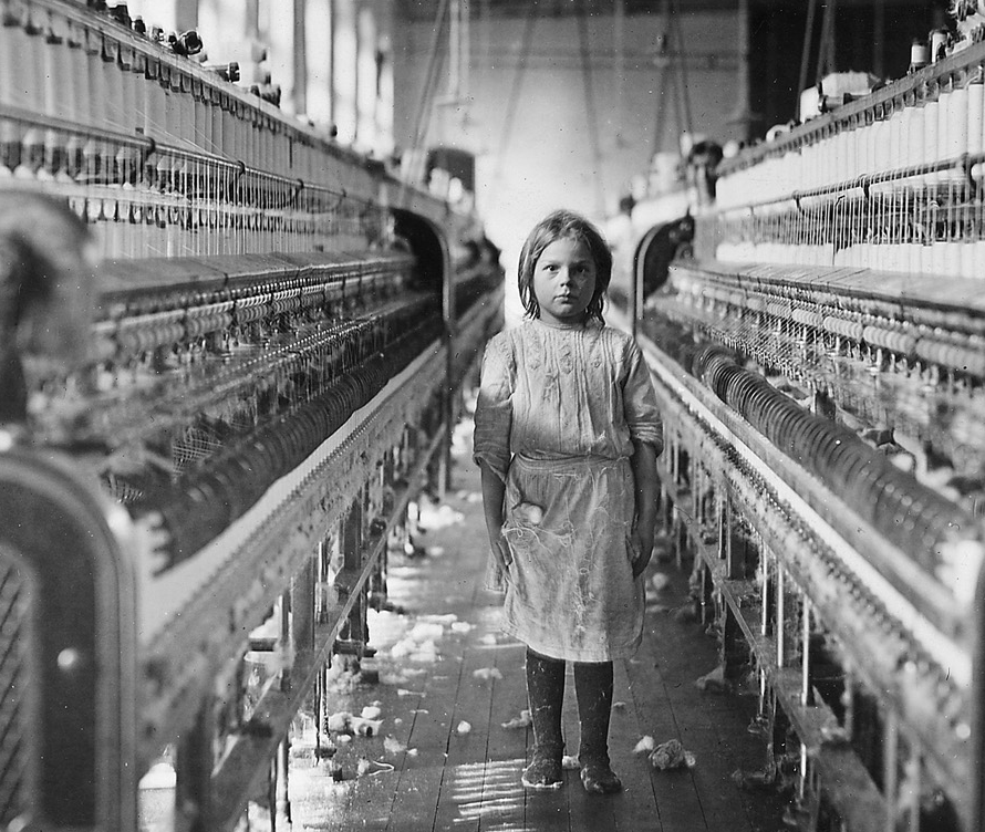 how great depression altered the american social fabric How do you account for the onset of the great depression of the 1930s analyze the ways in which the great depression altered the american social fabric in the 1930s.