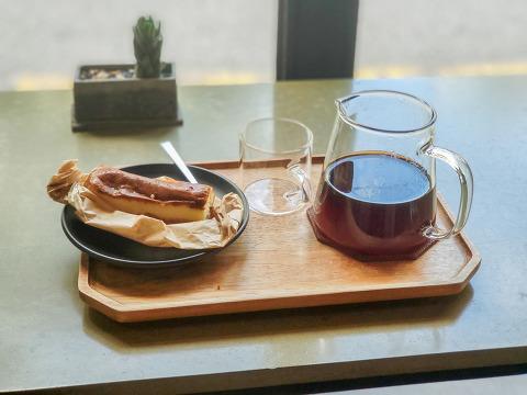 쉭한도시남자 오늘 커피
