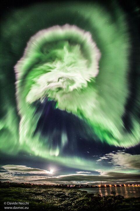 아이슬란드의 나선 오로라
