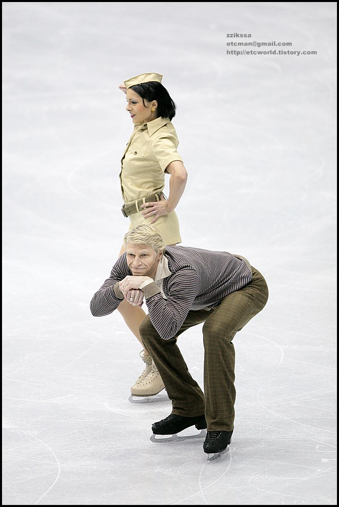Isabelle DELOBEL & Olivier SCHOENFELDER at 'SBS ISU Grand Prix of Figure Skating Final Goyang Korea 2008/2009' Ice Dance Original Dance