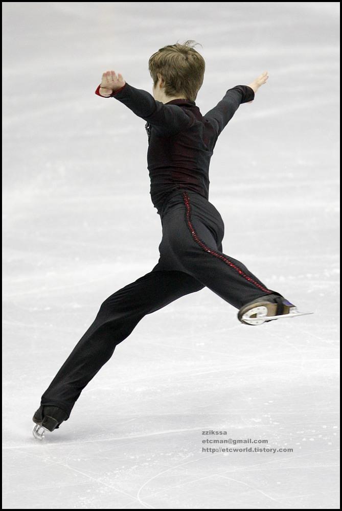Richard DORNBUSH at 'SBS ISU Grand Prix of Figure Skating Final Goyang Korea 2008/2009' Junior Men - Short Program