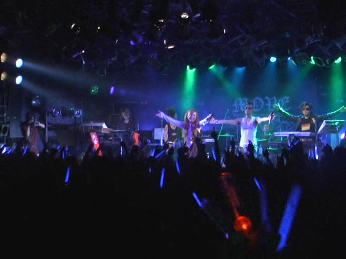 m.o.v.e SHIBUYA CLUB QUATTRO Live 1